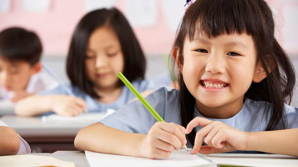 Factors to Look for while Choosing the Right Tuition Agency